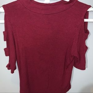 Tight fitted cropped wine red shirt